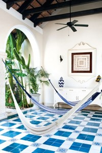 traditional-hammocks-casa-lecanda-merida-mexico-conde-nast-traveller-7july14-amanda-marsalis_426x639